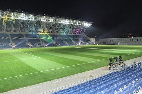 האיצטדיון העירוני, שיישאר מיותם לפחות עד סוף חודש מרץ.
