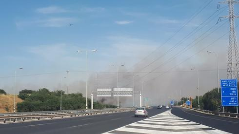 שריפה בכביש 5 לכיוון מערב