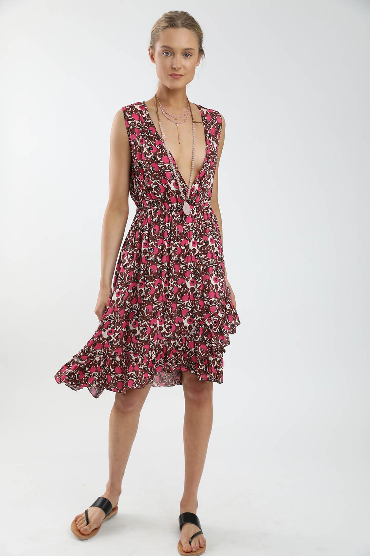 sack's - שמלה - 408 שקלים במקום 680 שקלים. צילום: שי יחזקאל