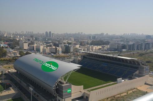 תתחילו להתרגל - הדמיית המראה החדש של האיצטדיון. צילום: שביט וזהו