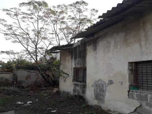 המבנה עם הגג הבעייתי בנווה חיים | צילום: שירות מיינט