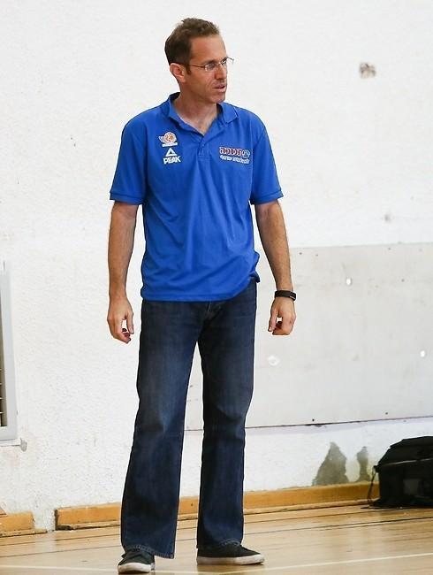 נמרוד מיטל, כמאמן נבחרת ישראל. צילום: איגוד הכדורסל